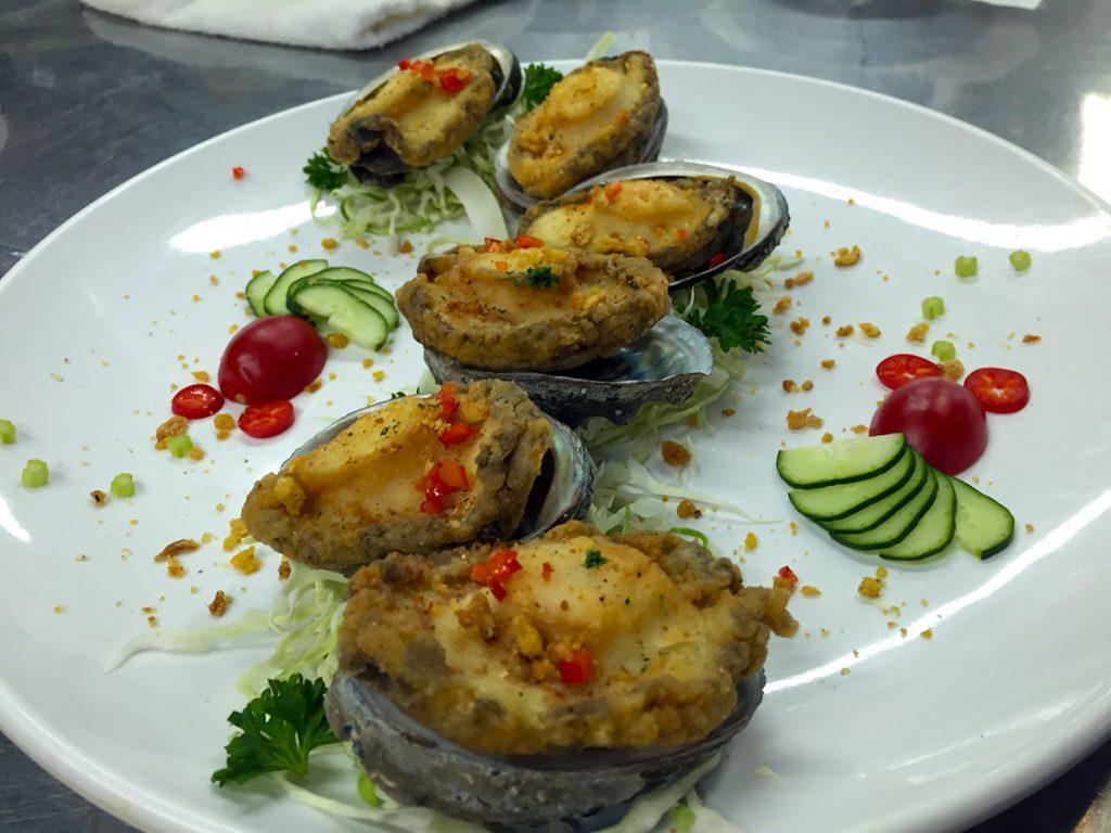 abalone-seafood-street-sai-kung-hong-kong-1024x768-6177584