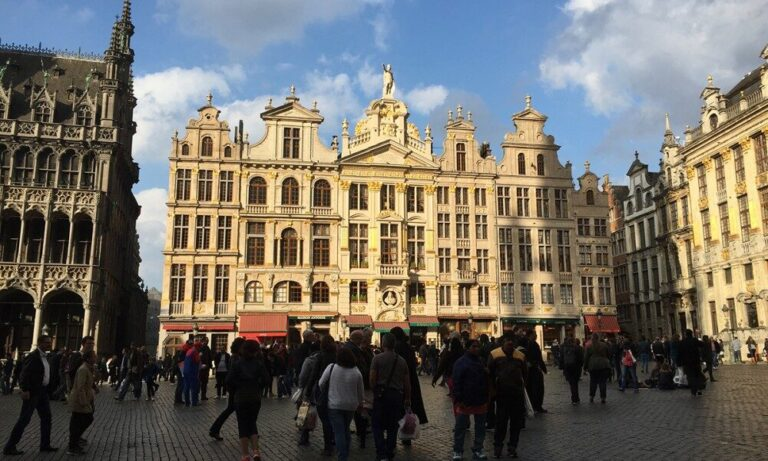 brussels-family-travel-1000x600-9331700