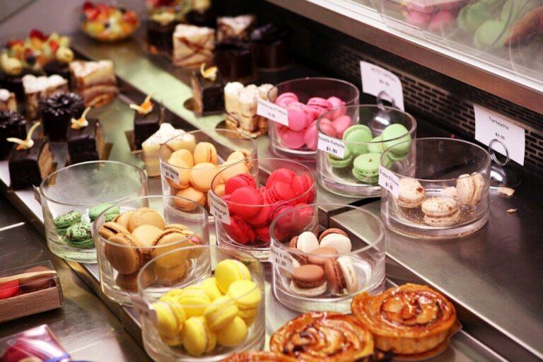 europea-cafe-montreal-macarons-1024x683-6020707