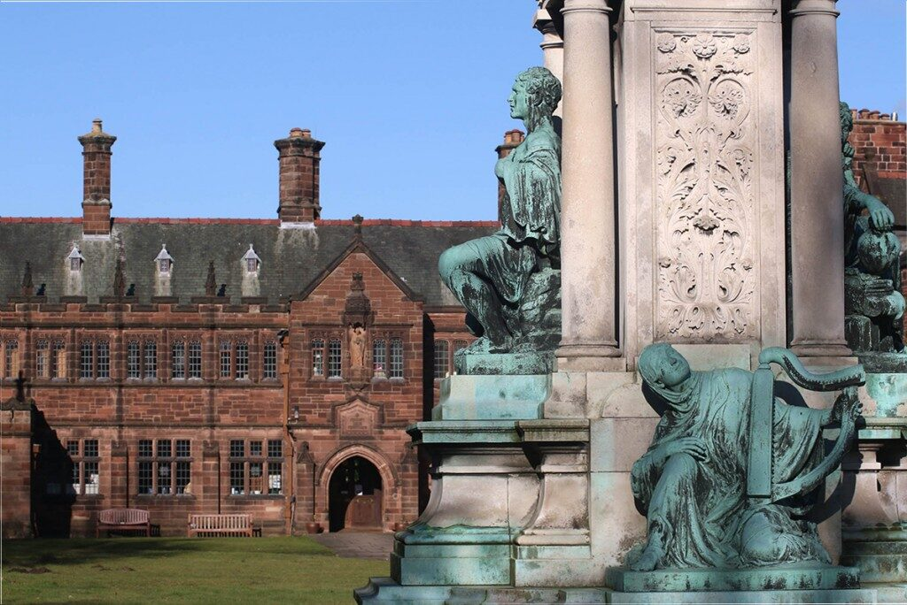 gladstones-library-wales-vacations-1024x684-8332234