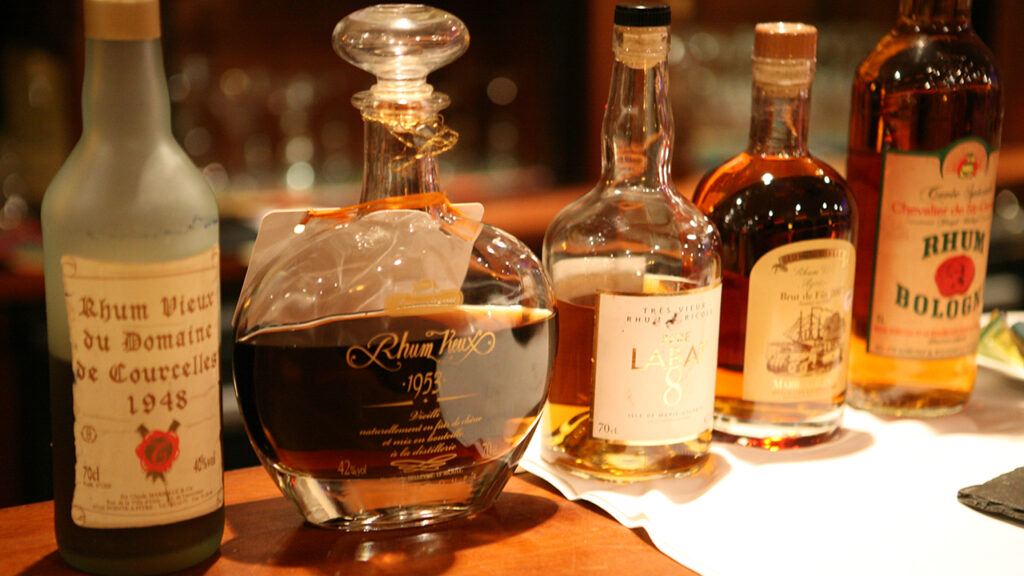 Rum tasting in the Guadeloupe Islands