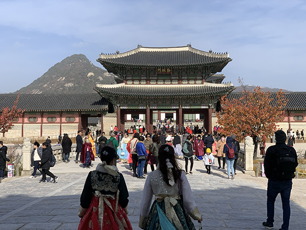 Traditional outfits at Gyeongbok Palace