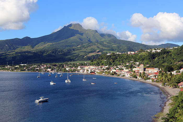 Saint Pierre in Martinique with postcard views